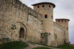 老被围住的城堡 罗马塔 卡尔卡松 法国 图库摄影