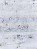 老被绘的墙壁划分了成许多零件 免版税图库摄影