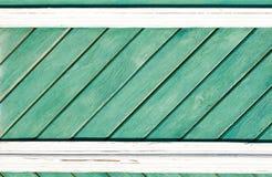 老被绘的木墙壁纹理或背景与拷贝空间 对角板条 免版税库存照片