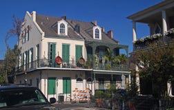老西班牙式套楼公寓在新奥尔良 库存照片