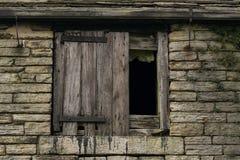 老谷仓房子。 库存照片