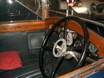 老跑车博物馆, Hispano-Suiza汽车inerior 免版税库存照片