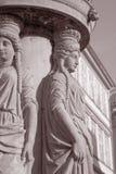 老路灯柱设计;布拉格 免版税库存照片