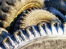 老轮胎 免版税库存照片