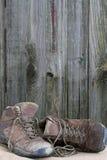 老远足的鞋子 库存图片