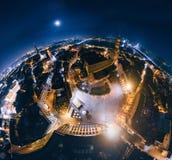 老里加夜行星 跨接在里加市360 VR寄生虫图片的路虚拟现实的 图库摄影