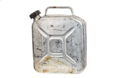 老金属五加仑装之汽油罐或汽油罐燃料在白色背景能隔绝 库存图片