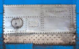 老金属坦克 免版税库存照片