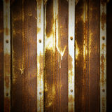 老金属门可能使用背景 免版税图库摄影