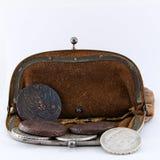 老钱包是开放的 库存图片