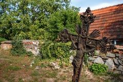 老铁生锈了十字架 图库摄影