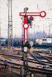 老铁路信号量 免版税库存照片