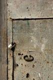 老铁门和锁定 库存图片