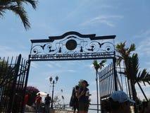 老铁门在市瓜亚基尔 免版税库存照片