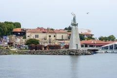 老镇、海口和纪念碑的看法向圣尼古拉斯 免版税库存照片