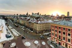 老镇中心全景在华沙,波兰,监督主路,在雪以后 免版税库存照片