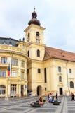 老镇中心在锡比乌的历史中心在14世纪,罗马尼亚被建立了 库存照片