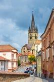 老镇中心在锡比乌的历史中心在14世纪,罗马尼亚被建立了 免版税库存图片