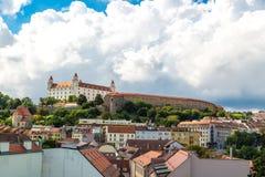 老镇全景都市风景视图在布拉索夫 库存照片