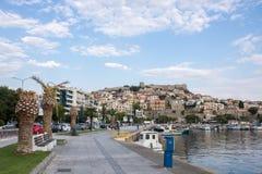 老镇和口岸在希腊市卡瓦拉 免版税图库摄影