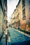 老镇在红葡萄酒城市 免版税库存图片