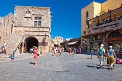 老镇在罗得岛海岛,希腊。 库存图片