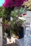 老镇狭窄的街道在马尔马里斯港,土耳其 天光 Ancien 库存照片