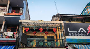 老镇的老房子在河内,越南 免版税库存照片