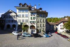 老镇的连栋房屋在伯尔尼 免版税图库摄影