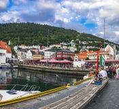 老镇码头建筑学在卑尔根,挪威 免版税库存图片