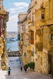 老镇街道,瓦莱塔,马耳他 免版税库存图片