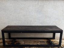 老长凳 免版税图库摄影