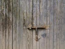 老门锁和门闩 免版税库存照片