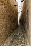 老阿拉伯商人处所的微小的巷道 库存图片