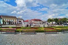 老集市广场在Lowicz,波兰 免版税图库摄影