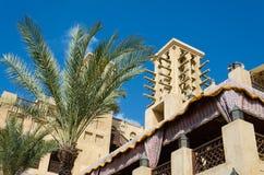 老风耸立,阿拉伯建筑学,迪拜,阿拉伯联合酋长国 免版税图库摄影