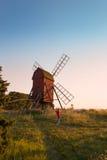 老风车在瑞典 库存图片