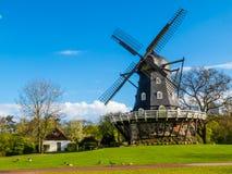 老风车在马尔摩,瑞典 库存照片