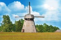 老风车, 19世纪,立陶宛 免版税库存照片
