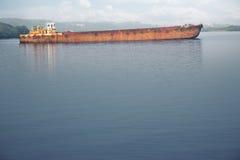 老驳船 库存图片