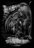 老骑自行车的人 免版税库存照片