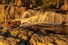 老鹰乐队在太浩湖加利福尼亚落在清早日出 库存图片