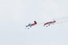 2014年老鹰乐队飞行表演葡萄酒推进器飞机汇聚  库存图片