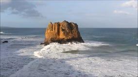 老鹰岩石火山的堆 股票视频