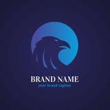 老鹰顶头商标设计模板 库存图片