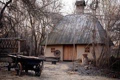 老黏土房子 库存图片