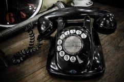 老黑色电话 免版税库存图片