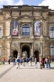 老主人画廊的外部门面在德累斯顿 免版税库存照片