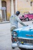 老经典汽车在古巴 库存照片