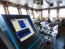老破冰船的航运船桥 图库摄影